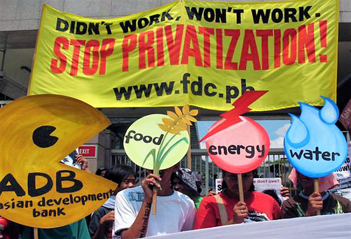 Protests against the privatisation in Manila. Source: CR (2014)