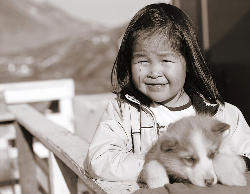 Source: Nick Russill (21.05.2006), Inuit Child. License: Creative Commons CC BY 2.0. URL: www.flickr.com