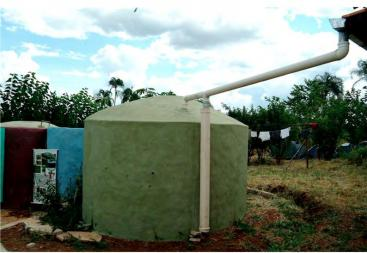Surface tank made out of ferro-cement for the storage of collected rainwater. Source: DOLMAN & LUNDQUIST (2008)