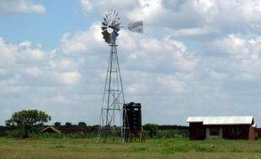 Wind pump and storage. Source: NSP (n.y.)