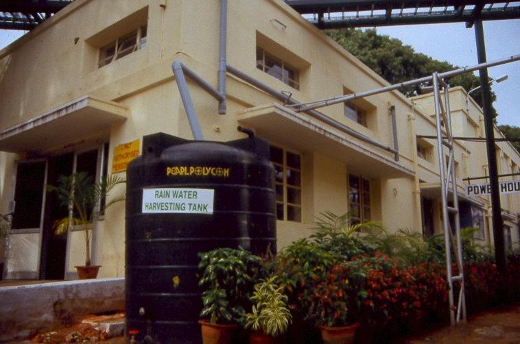 Rainwater harvesting urban sswm for Rainwater harvesting at home